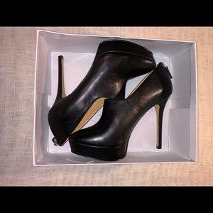 Nine West Black Zip Accent Heels